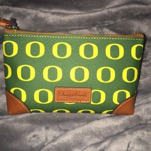 Dooney &Bourke University of Oregon cosmetics bag